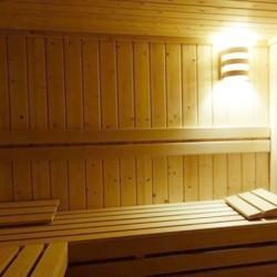 2 nuits avec spa, sauna, petit-déjeuner, pour 2 Personnes